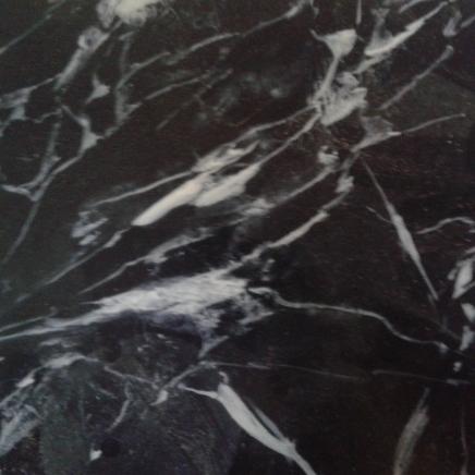 Faux marbre noir