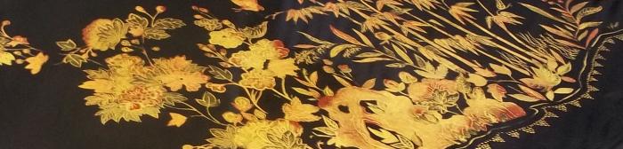Écritoire et chinoiseries black &gold